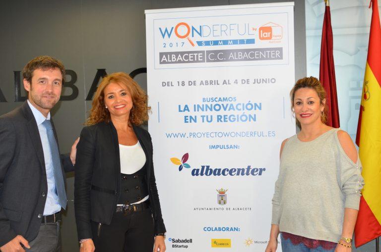 Presentada la campaña Proyecto Wonderful en Albacenter
